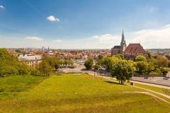 Blick-in-die-Altstadt-vom-Petersberg-BUGA-Erfurt-2021-gGmbH-A.-Hultschx1200